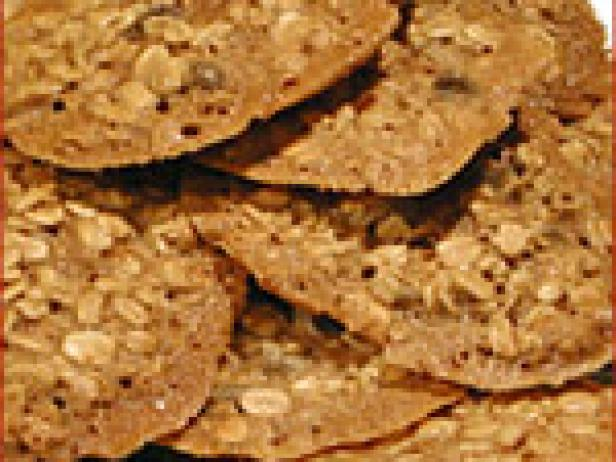 Honey oatmeal cookies recipe food network for Alton brown oat cuisine