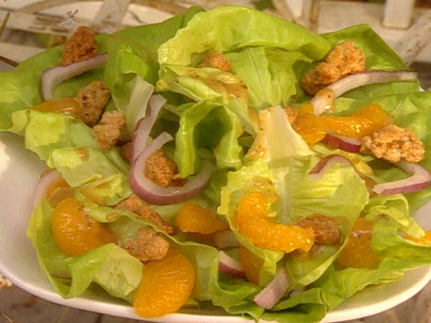 Candied Walnut Butter Salad