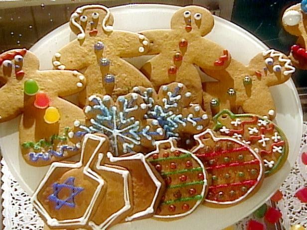 Gingerbread People Holiday Cookie Projects: White Snowflakes, Dreidel Trios and Ornaments