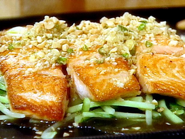 Pan-Seared Salmon with Ginger-Lime Sauce and Peanuts