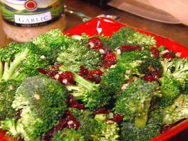 Garlic-Spiked Broccoli with Cranberries