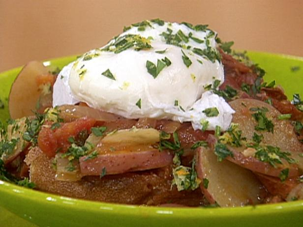 Poached Eggs in Chorizo-Tomato Stew with Garlic Croutons