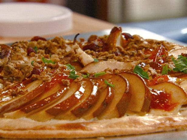Layered Pear Pizza with Ricotta, Apricot Preserves, and Granola