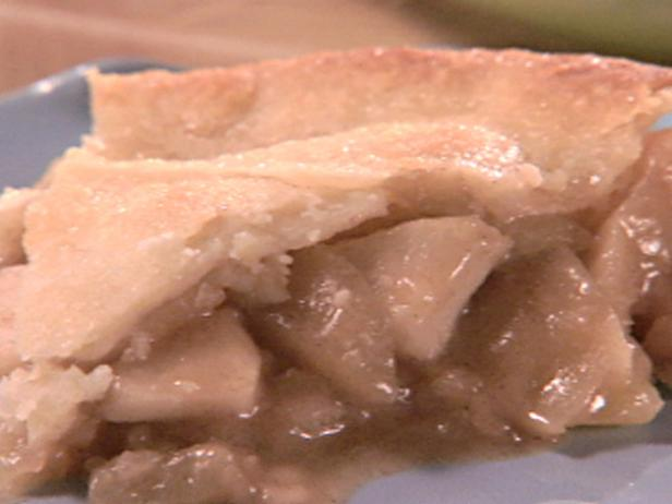 Upside-Down Apple Skillet Pie