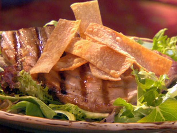Seared Tuna with Lemon-Wasabi Dressing and Hot Mustard Wonton Chips