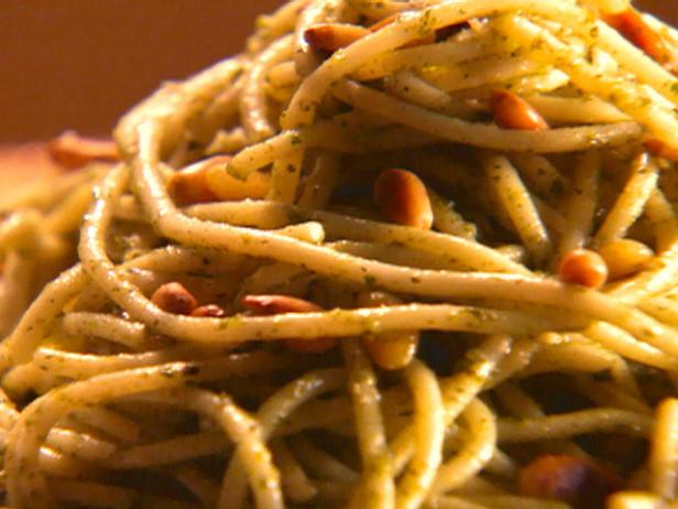 Spaghetti with Mint and Parsley Pesto
