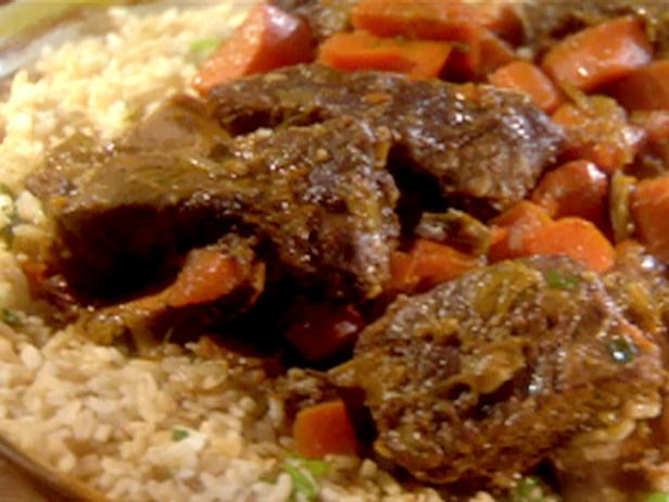 Slow Cooker Ginger-Soy Short Ribs Green Rice with Lime