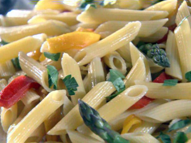 Penne with Asparagus and Peppers
