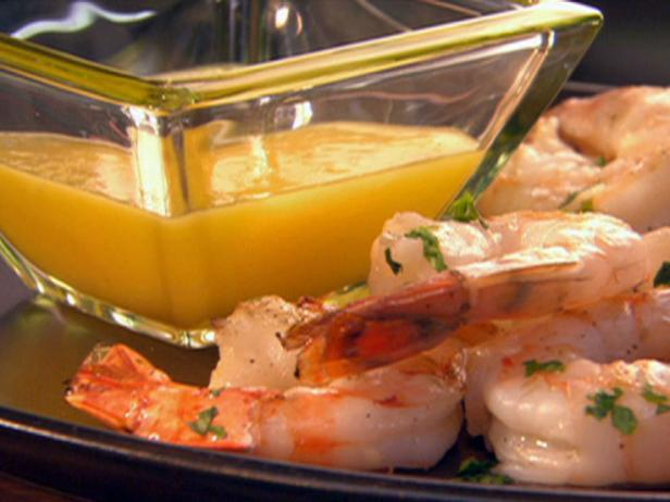 Grilled Shrimp with Citrus Dipping Sauce