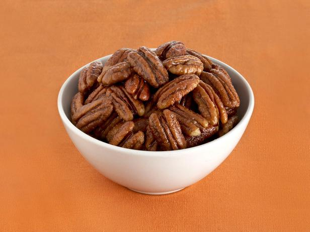 Maple Pepper Pecans