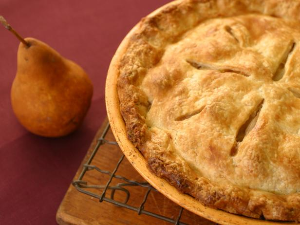 Spiced Apple and Pear Pie