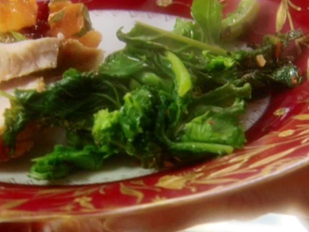 Sauteed Broccoli Rabe with Crushed Red Pepper