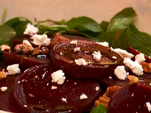 Gina's Beet and Goat Cheese Salad