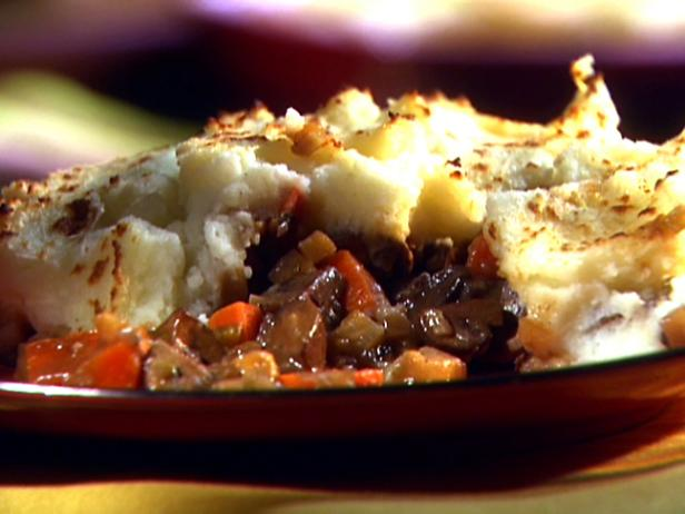 Vegetarian Shepherd's Pie Recipe | Aida Mollenkamp | Food Network