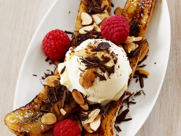 Broiled Banana Splits