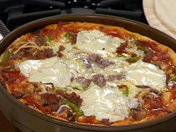 Chicago Style Italian Sausage and Pepper Deep Dish Pizza