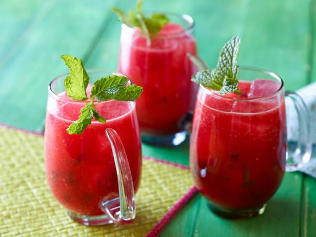 "Watermelon and Mint ""Agua Fresca"" (Fresh Fruit-Blended Water) Recip..."