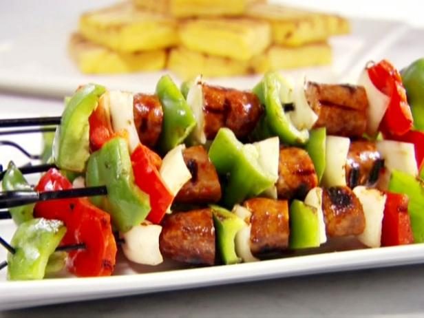 Sausage and Pepper Skewers with Grilled Polenta
