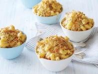 Crab Cake Mac N Cheese