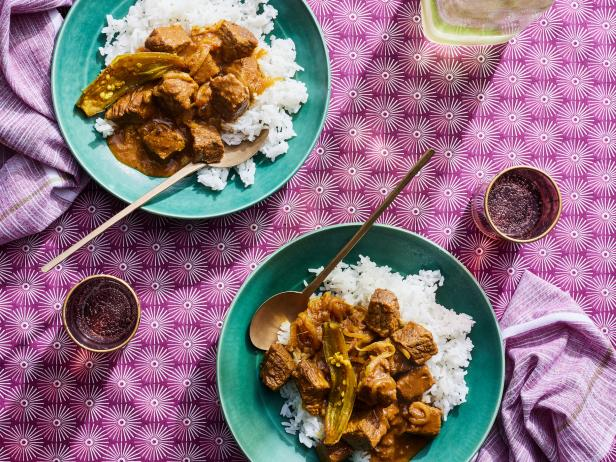 Goan Beef Curry with Vinegar: Beef Vindaloo