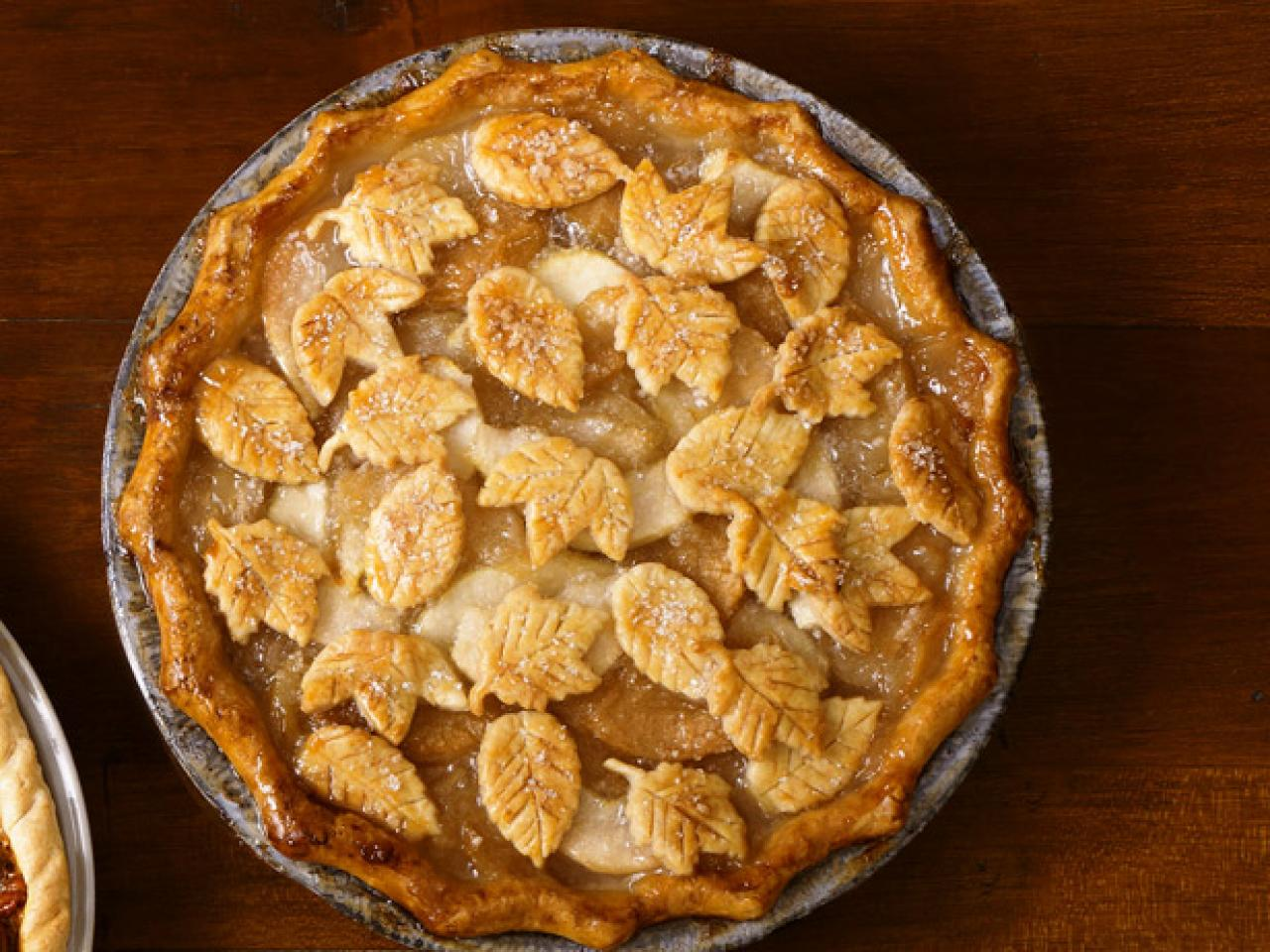 50 pie recipes recipes and cooking food network for Apple pie decoration