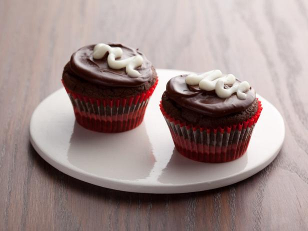 Devil's Food Cupcakes with Chocolate Icing