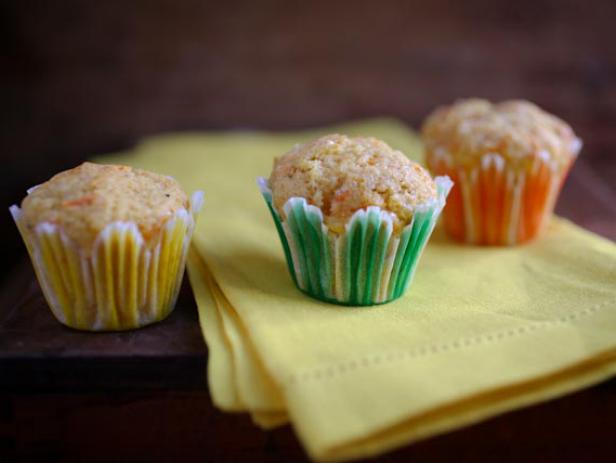 Mini Spiced Carrot Muffins
