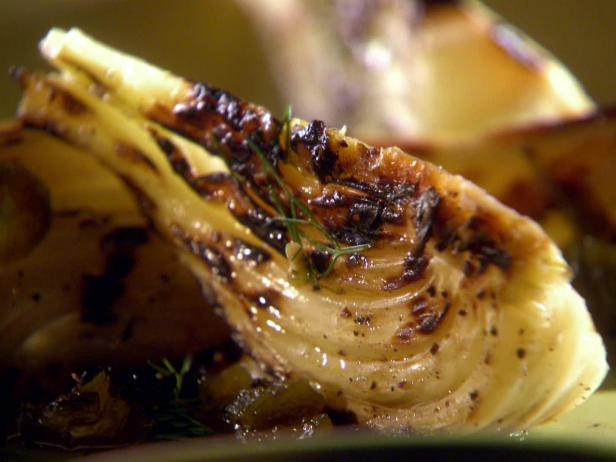 Grilled Fennel with Grilled Jalapeno Sauce
