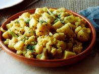 "Cauliflower and Potatoes: ""Aloo Gobi"""