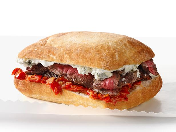 Steak Sandwiches With Blue Cheese and Peppadew Mayo