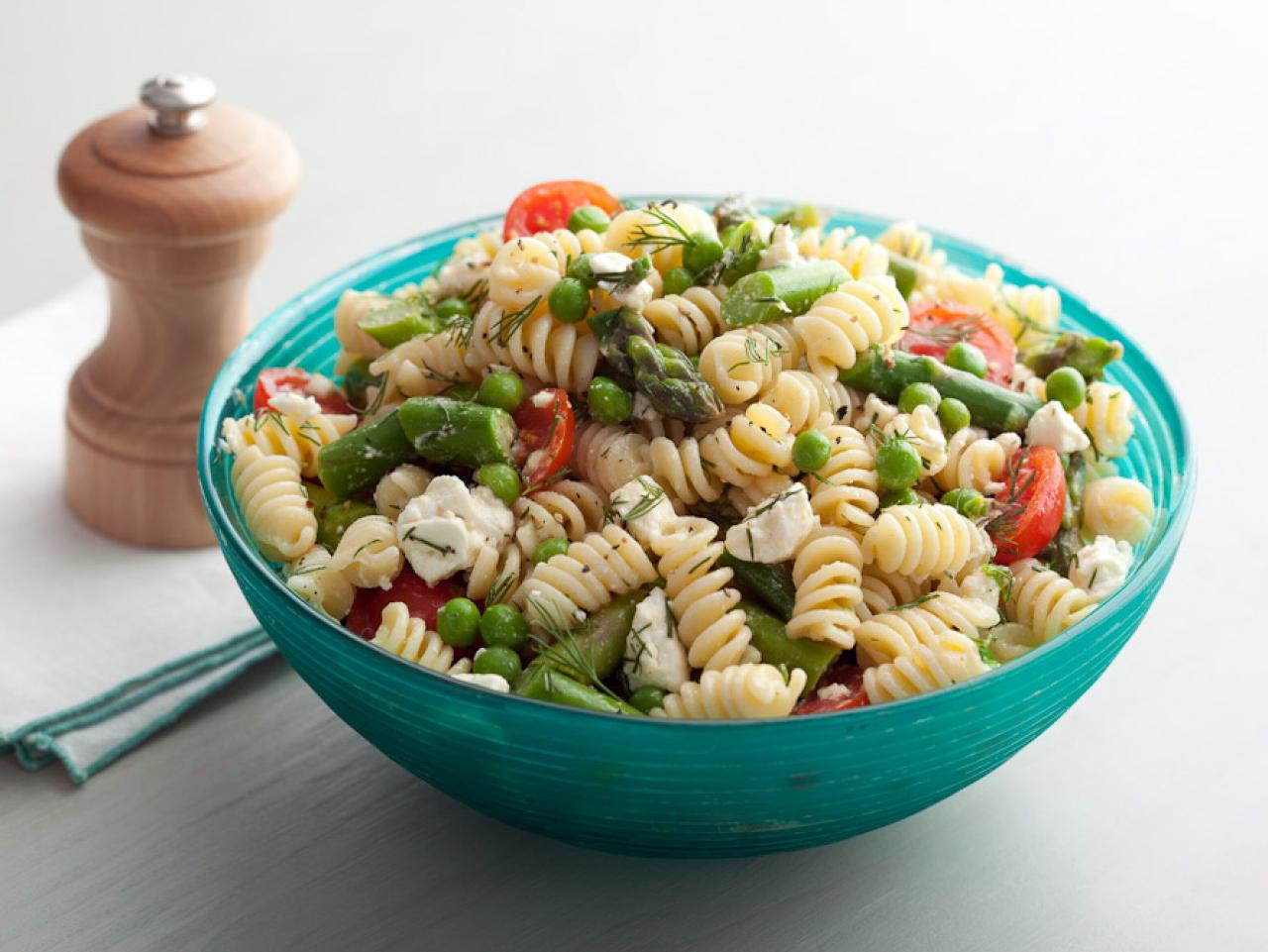 Picnic pasta salad season is here fn dish behind the Ina garten summer pasta