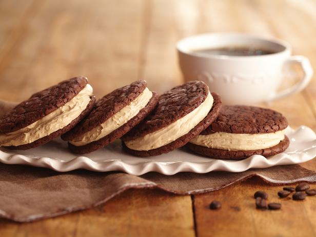 Cafe Latte Whoopie Pies