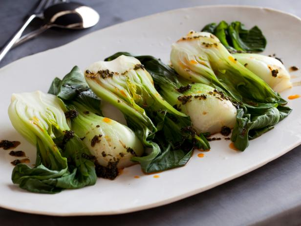 Healthy Spicy Steamed Baby Bok Choy