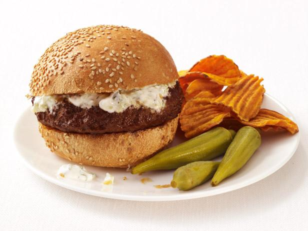 Spiced Burgers With Cucumber Yogurt