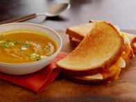 Meatless Monday: Curried Squash Soup With Apple-Cheddar Melts