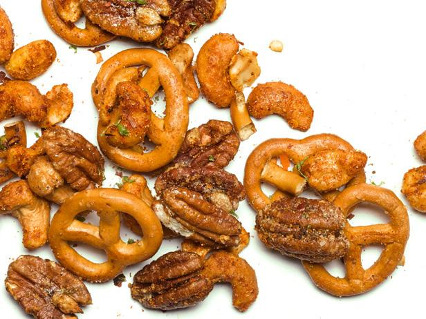 Chipotle-Spiced Cashews and Pecans with Pretzels