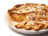 Cinnamon Bun Apple Pie