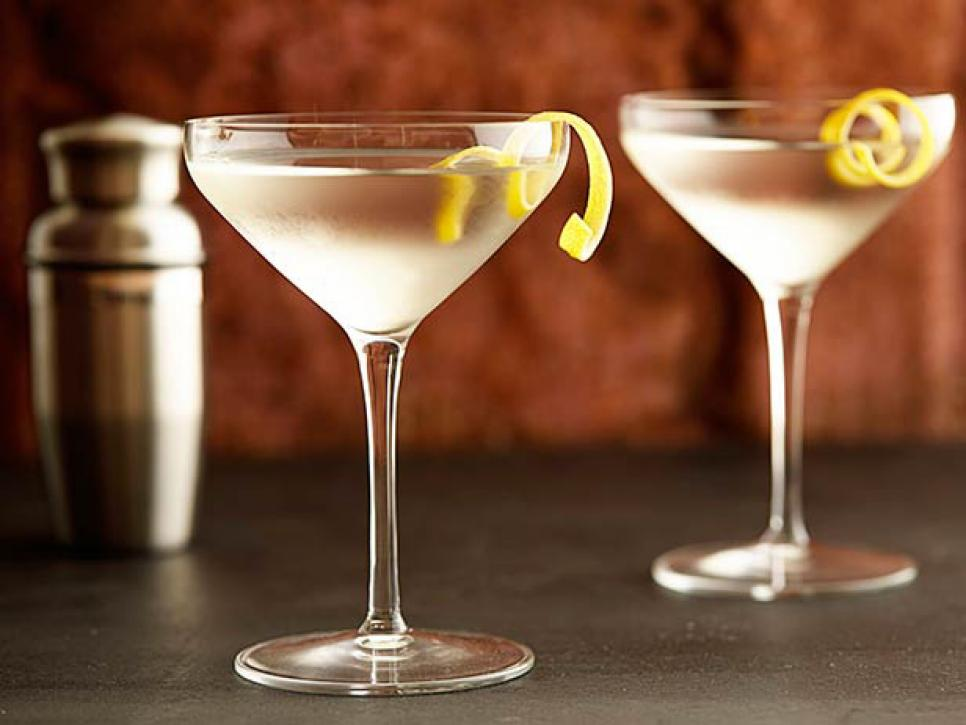Classic Cocktails Everyone Should Know | Recipes, Dinners and Easy ...