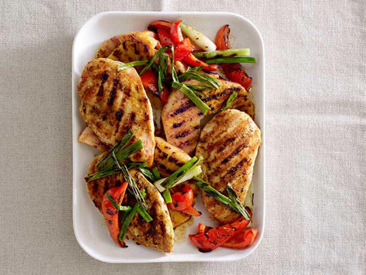 No more boring bird! A fast and family-friendly weeknight staple, chicken is a go-to protein choice for busy family cooks. Americans love chicken and healthy chicken recipes.
