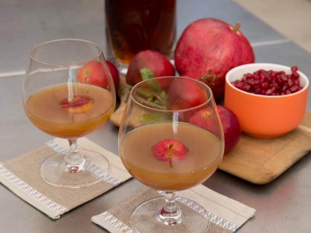 Spiced Bourbon-Apple Cider