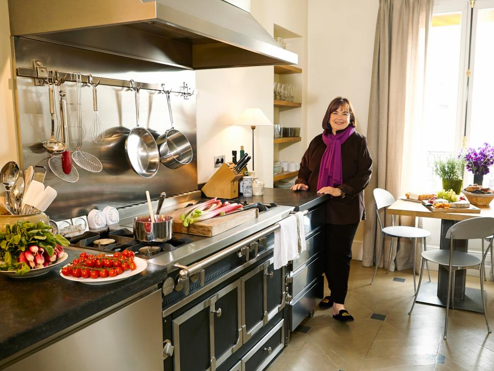 Star kitchen ina garten 39 s paris kitchen food network for Showroom cuisine paris