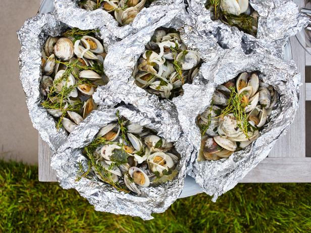 White Wine-Steamed Clams