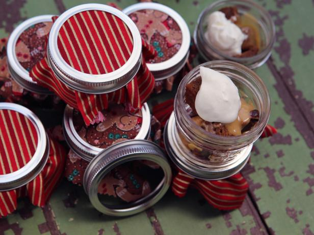 Gingerbread Jars with Cranberry Curd