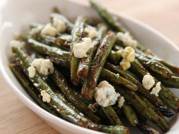 Sauteed Green Beans with Lemon and Blue Cheese