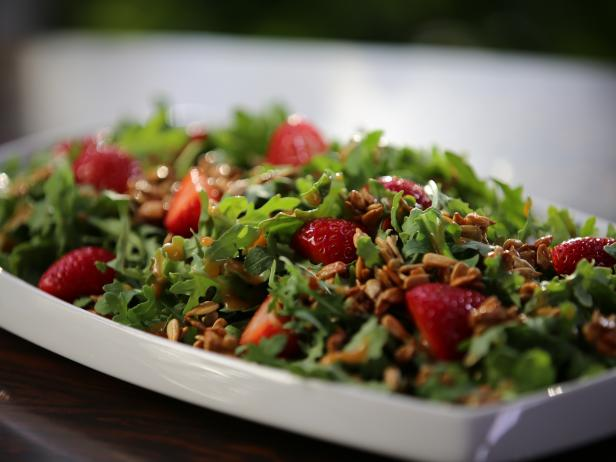 Arugula Salad with Candied Sunflower Seeds and Strawberry Vinaigrette