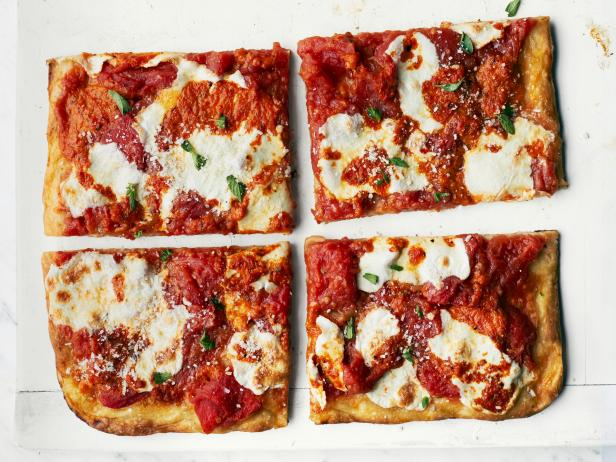 Roasted Red Pepper Pizza