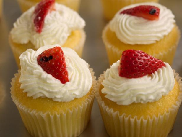 Grilled Strawberry Shortcake Cupcakes