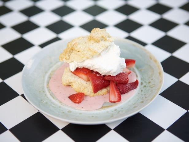 Melted Ice Cream Strawberry Shortcake