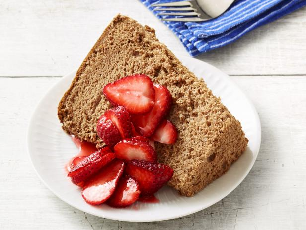 Chocolate Angel Food Cake with Strawberries
