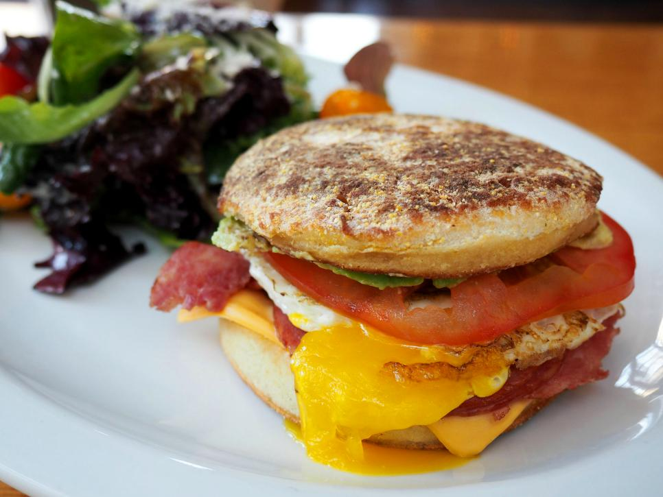 Where To Eat Great Breakfast Sandwiches From Coast To Coast Classic Comfort Food Recipes